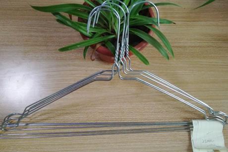 4wire-hanger